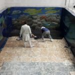 A teacher of epoxy paints in Jeddah with the latest modern shapes